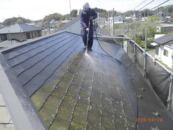 屋根・洗浄中
